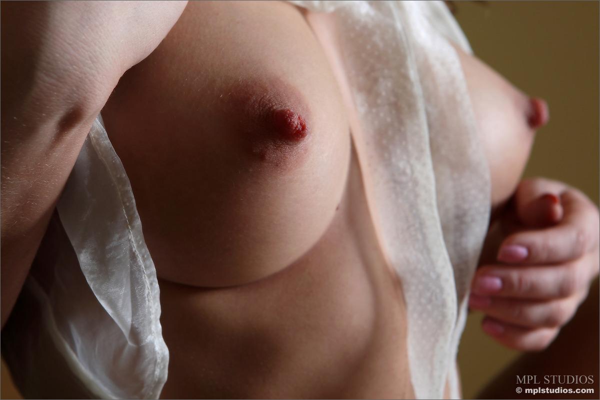 Perfect Tits Hard Nipples Pics Best Pics