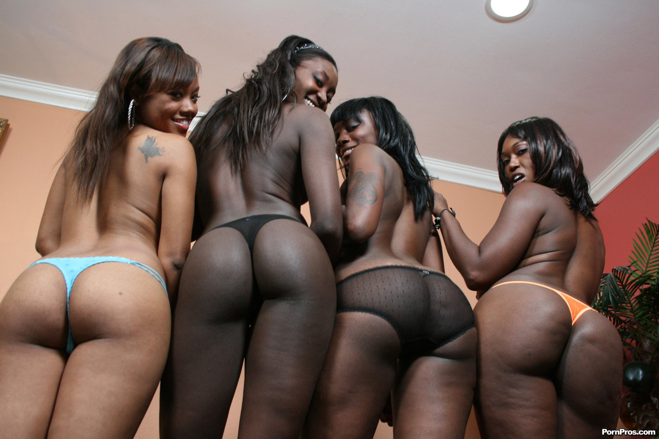 Naked girls group black Group Of Black Girls With Big Butts Tangle With A Black Man On Sofa Pornpics Com