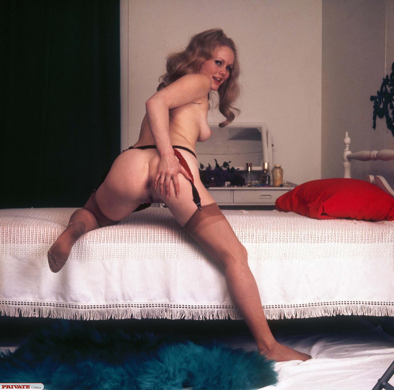 Nude 70s Mila Kunis
