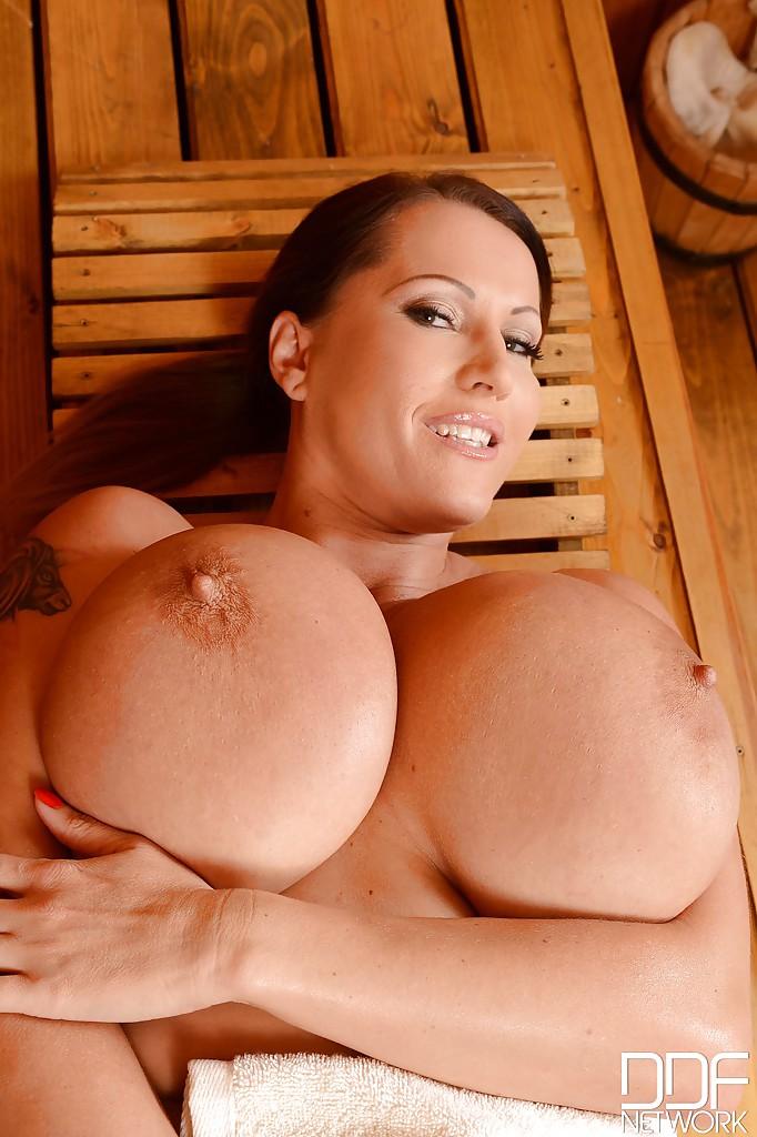 Milf Very Big Tits