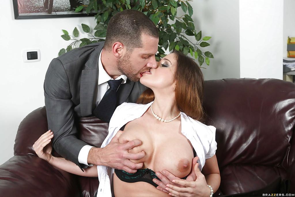 Big Natural Tits Milf Dress