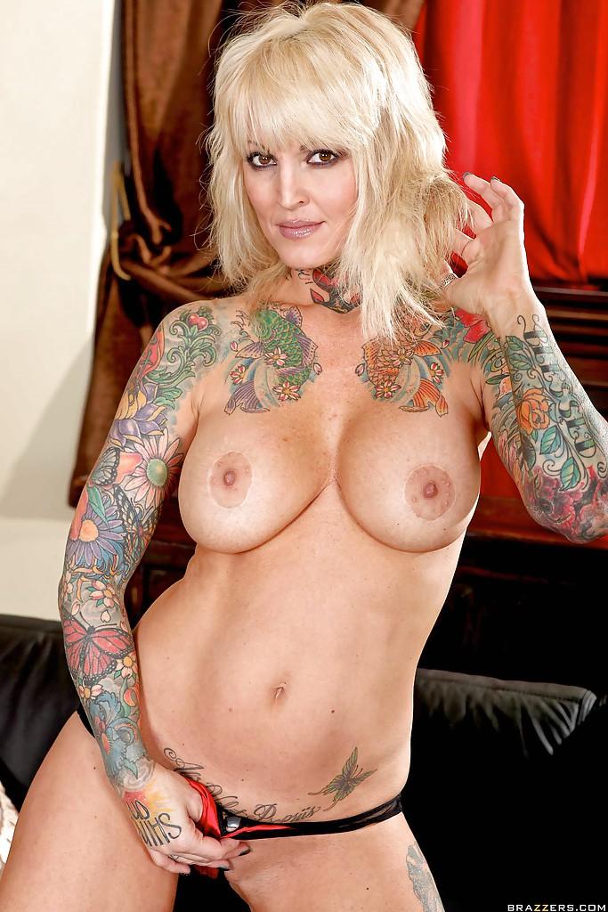 Janine lindemulder naked
