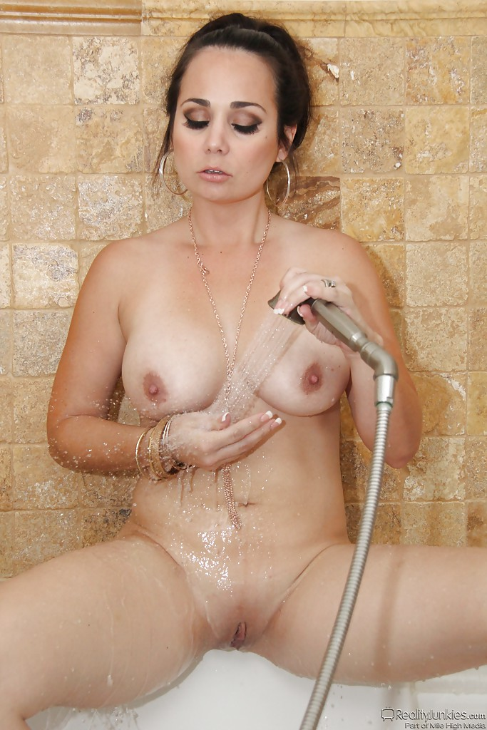 Wet Old Pussy Getting Fucked