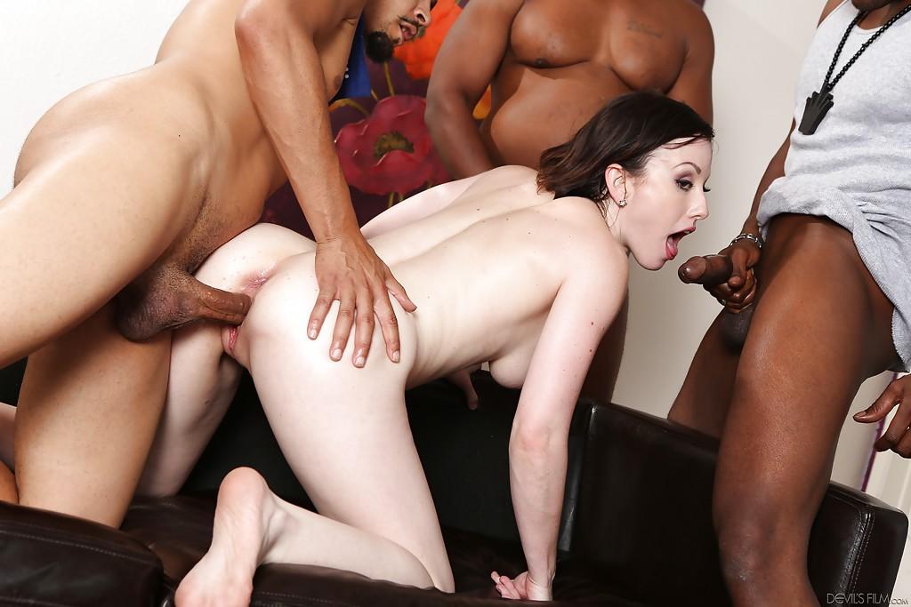 Black Lesbian Strapon White