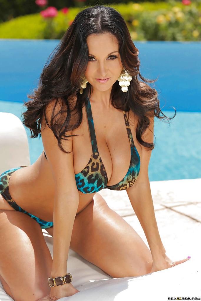 Big titted women in sexy bikinis nude gallery