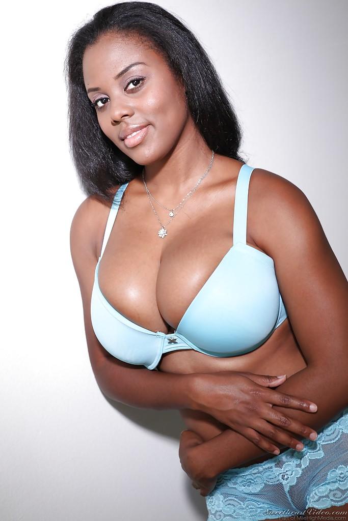 Big tit bra black