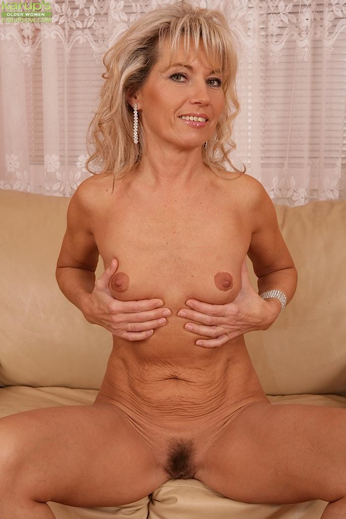Small Tits Sister Creampie