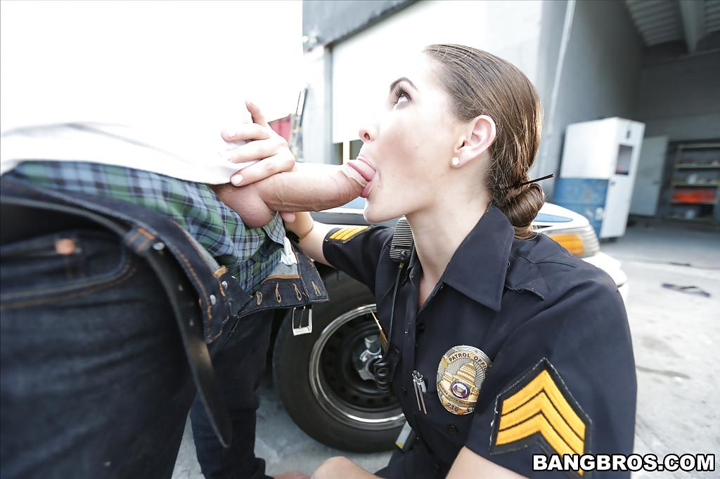 Amateur Female Oral Orgasm