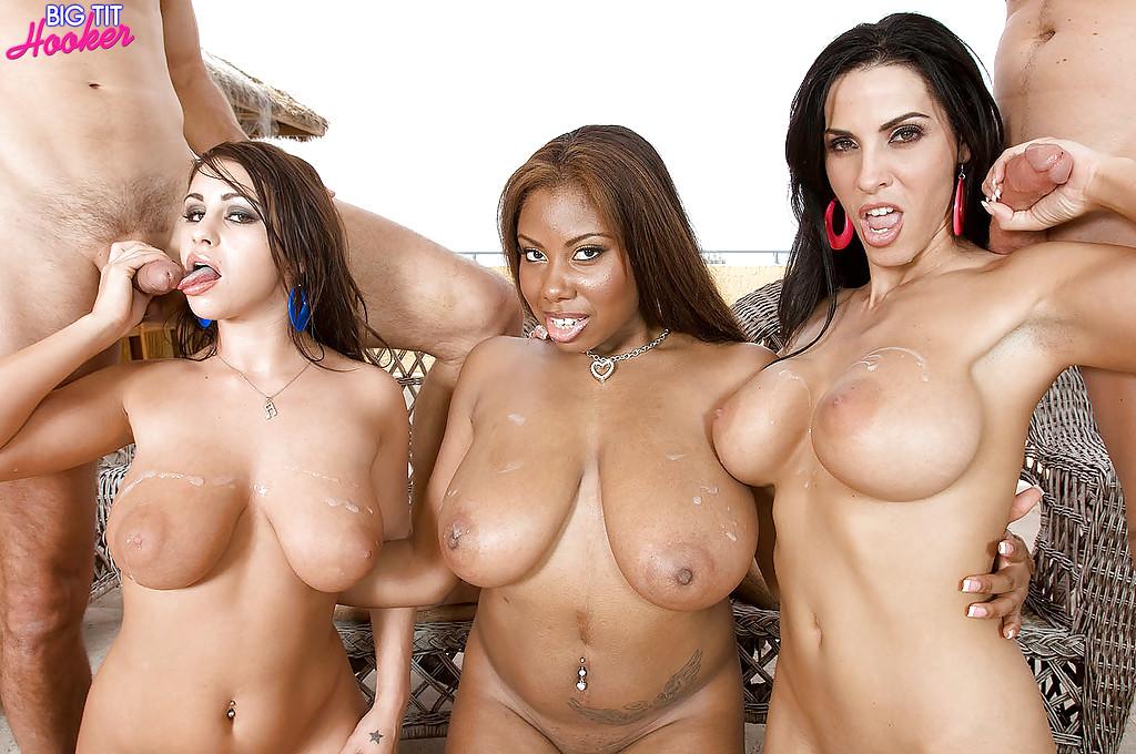 Big Tits Outdoor Masturbation