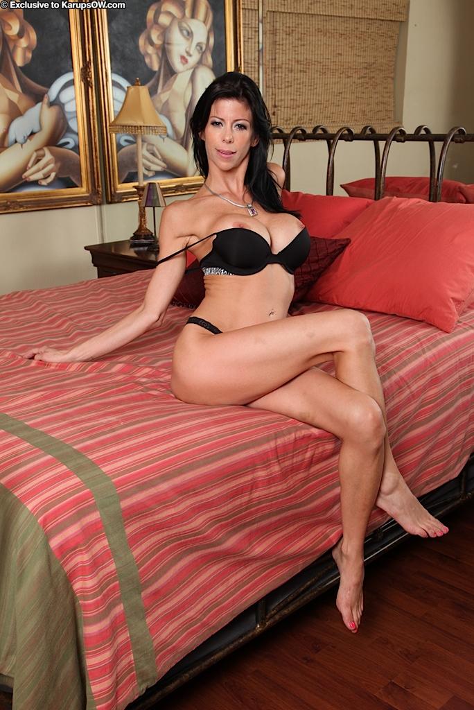 Skinny Brunette Milf Pov