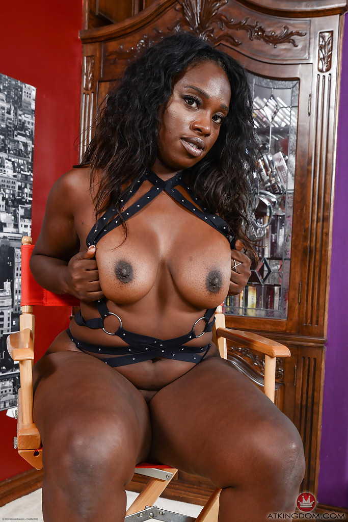dark ebony nude