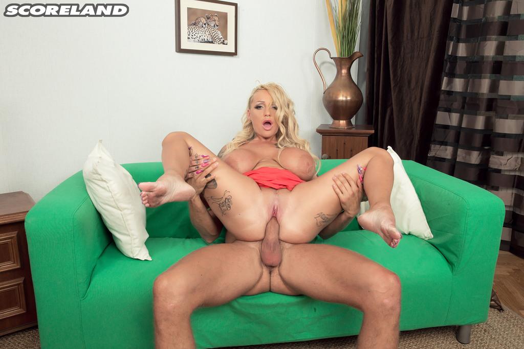 Pale Big Tits Pov Creampie