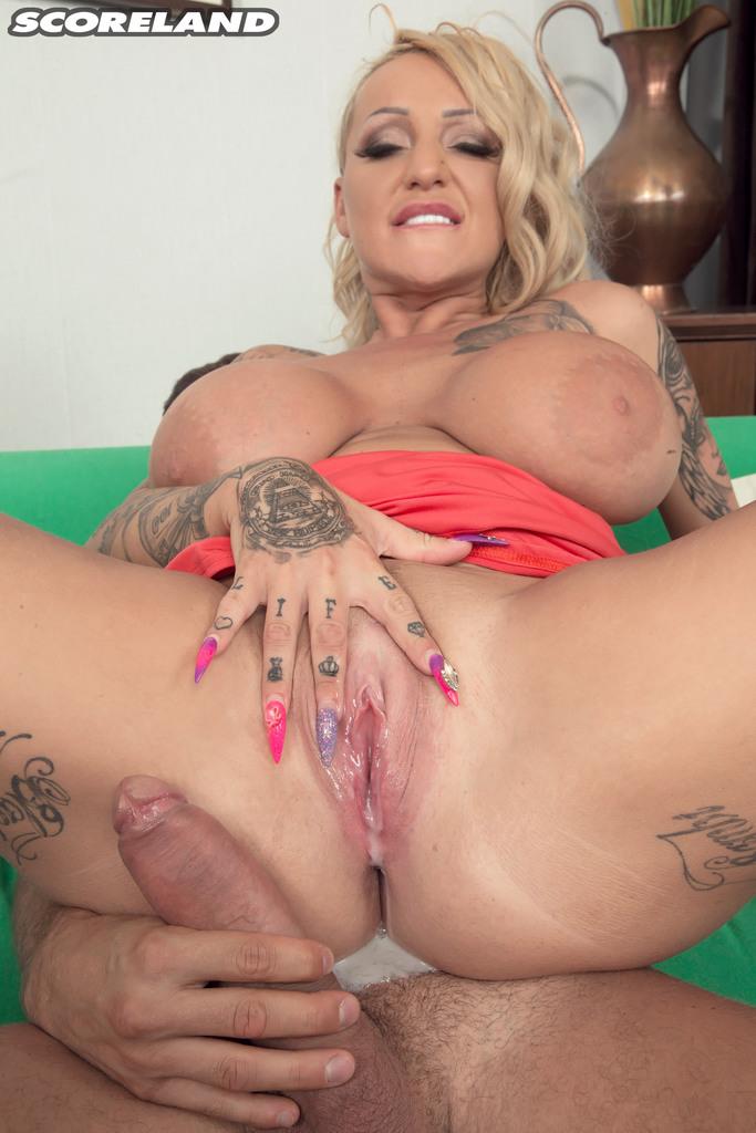 Big Natural Tits Teen Creampie