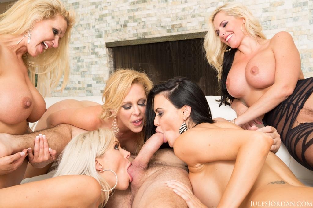 Big Tits Lesbian Gangbang