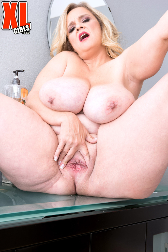 Experienced Bbw With Huge Melons Cami Cooper Nudes Her Appet Eporner 1