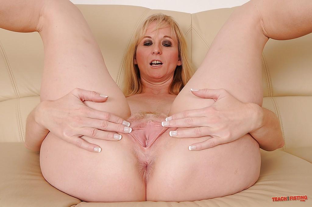 Mature Big Tits Fisting