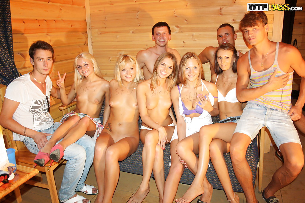 Jizz Hungry Teens Get Satisfied At The Wild Sex Party With Well Hung Guys Pornpics Com