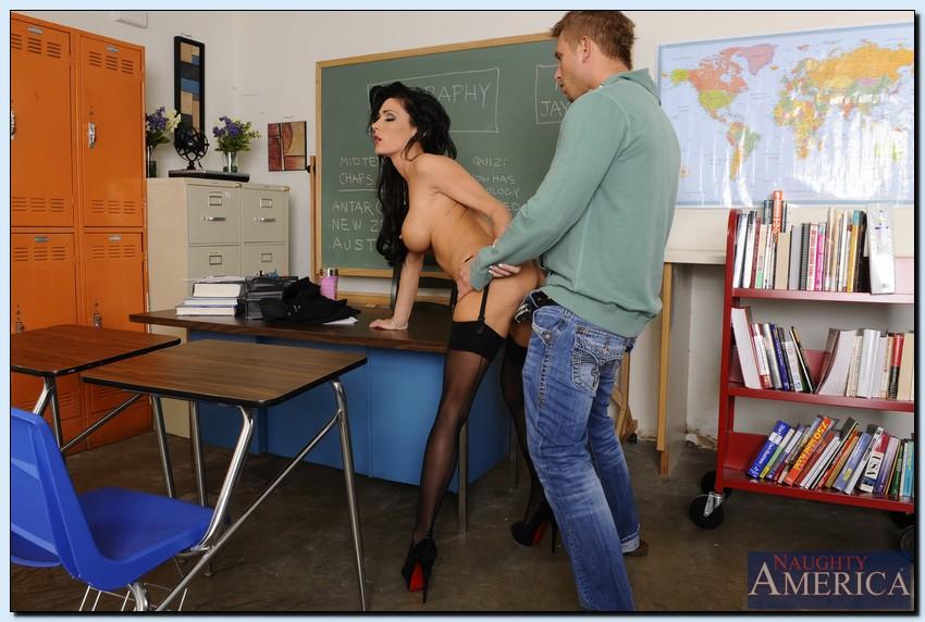Teacher Fucks Hung Student
