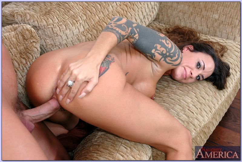 Ebony slut passion rose gets shared by hung studs