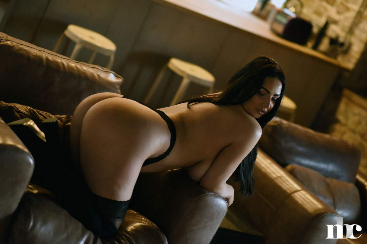 Nothing But Curves Foxy Lucina 10877232