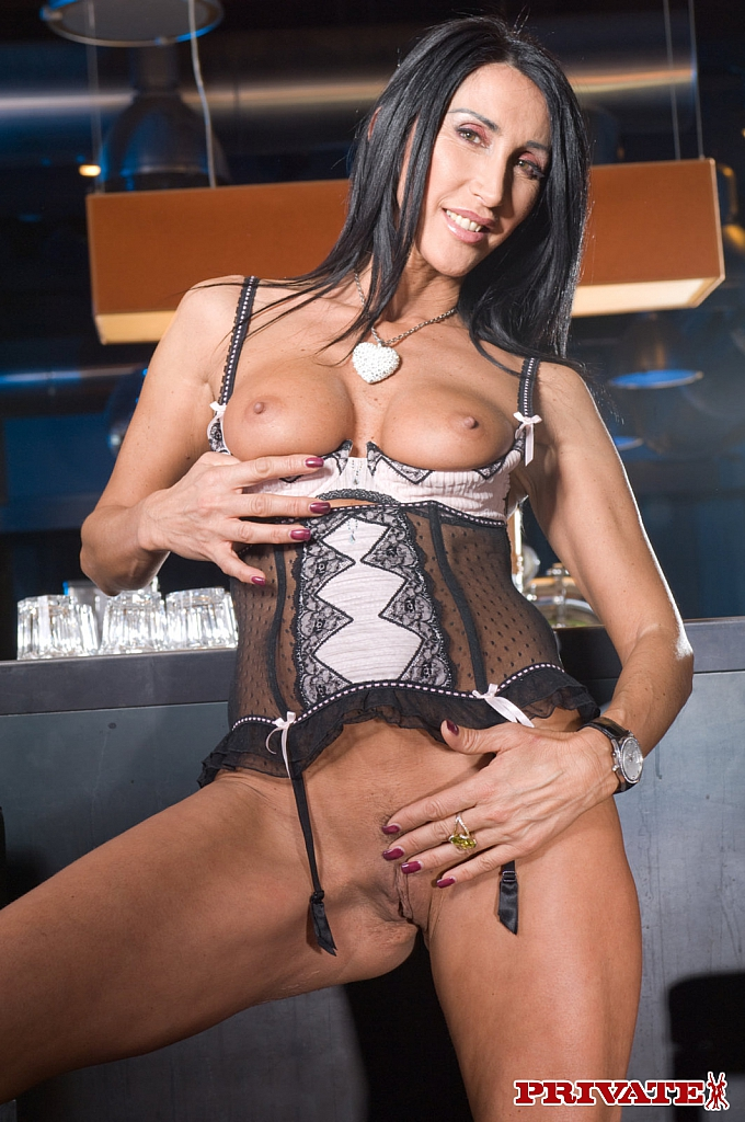 Coroa safada Angela Gritti - Só Pornô