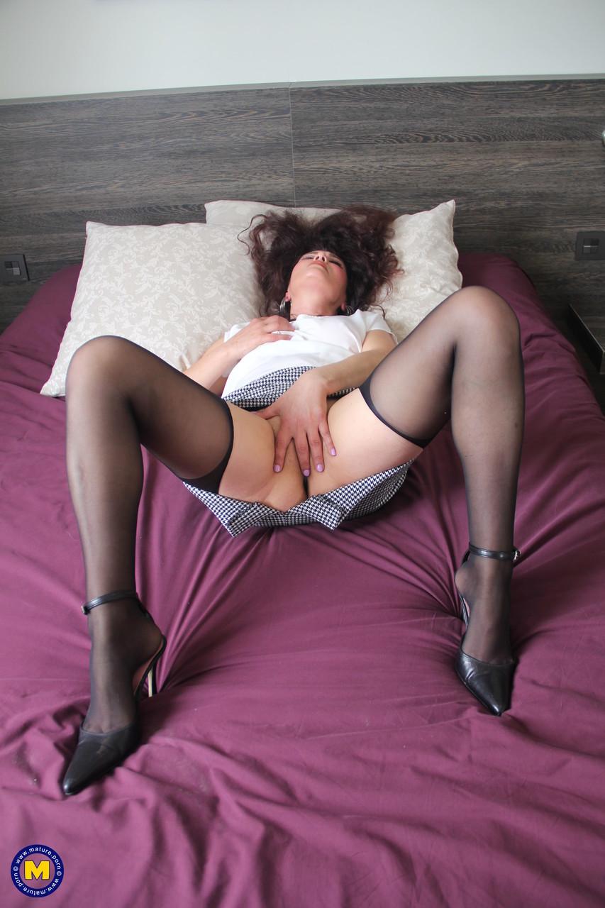 Mature.nl Denise Ahlm Liz Rainbow Zazel Paradise 27739007