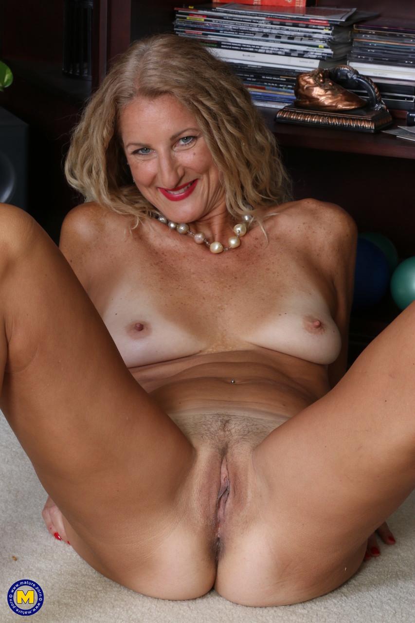 Mature.nl Brenda 49074060