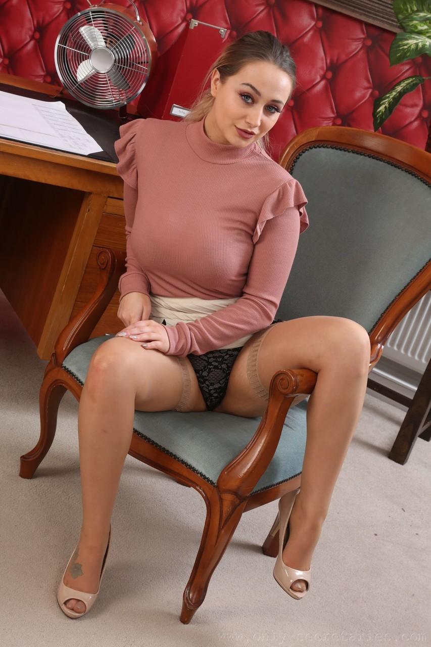 Only Secretaries Emma Rachael 72241219