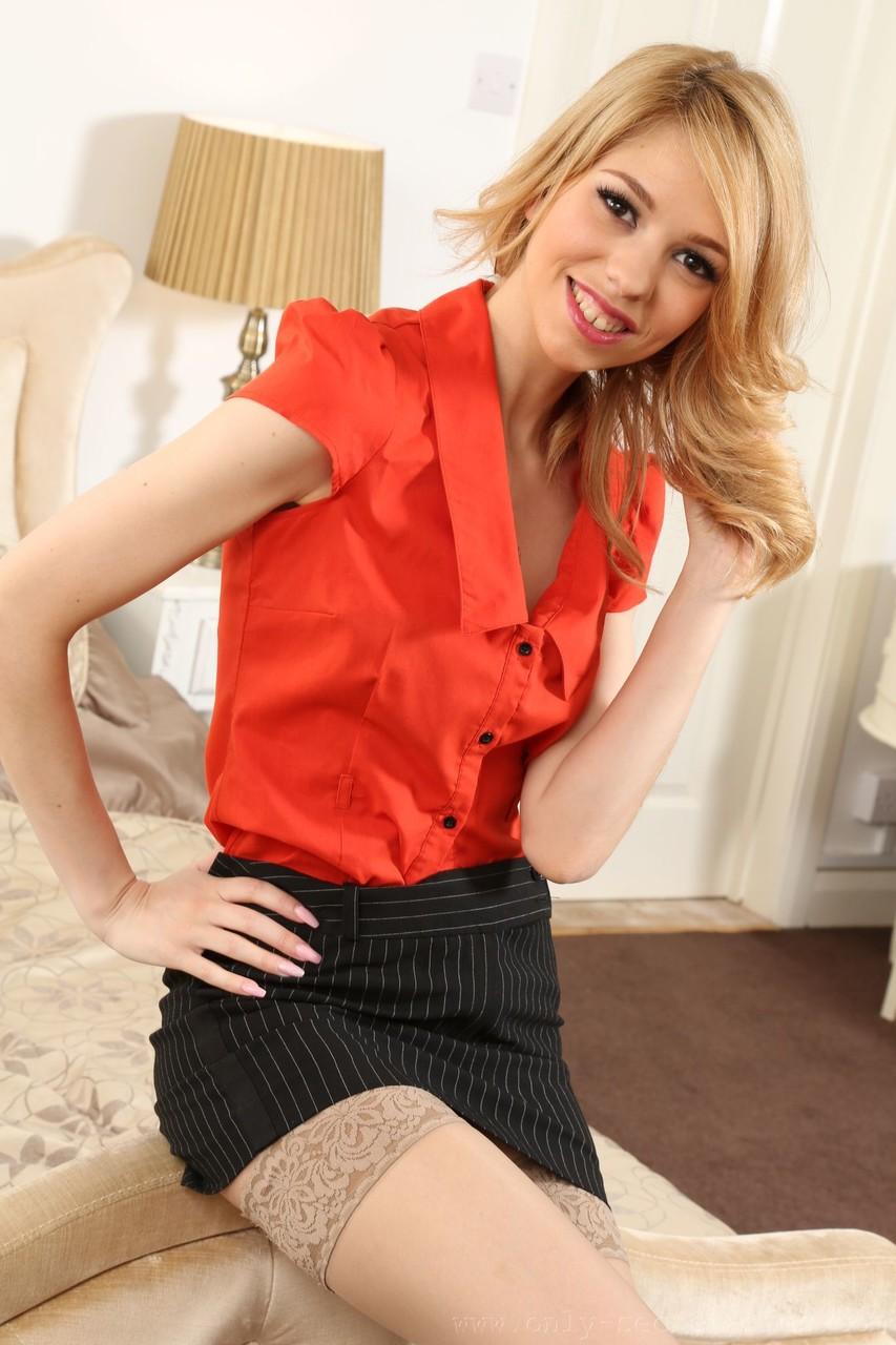 Only Secretaries Amy Rose 79817904