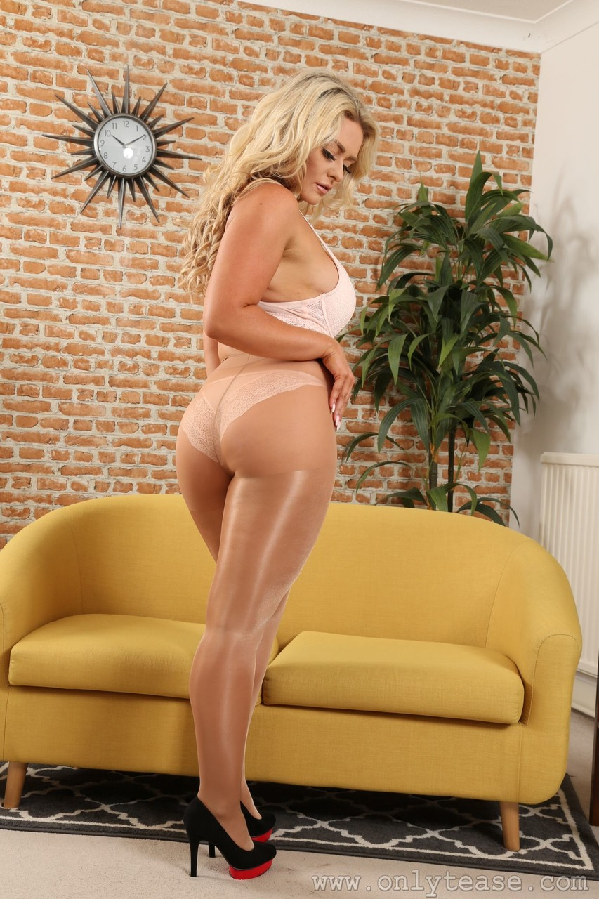 Only Tease Amy S 23230517