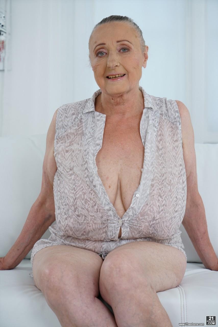 Naked old granny Hot Naked