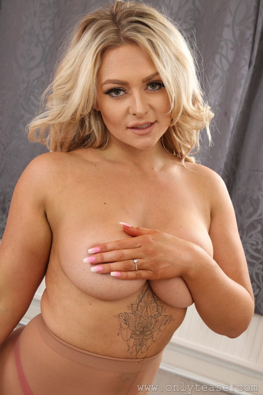 Only Tease Amy S 18959249