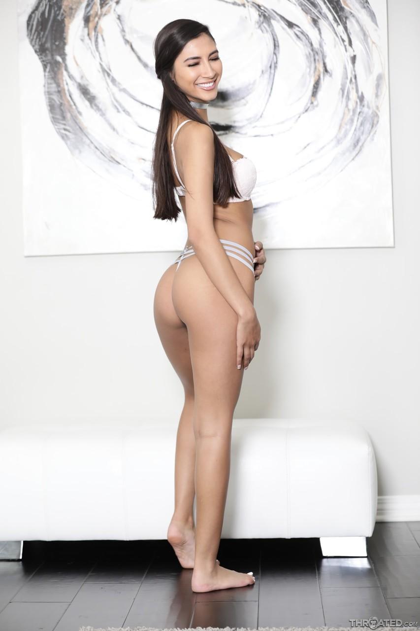 Throated Gianna Dior Logan Pierce 66876836