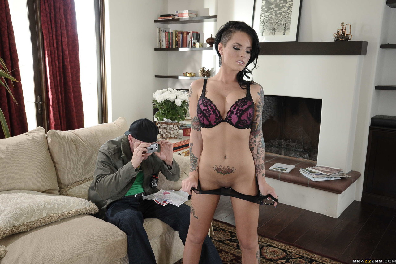 Tattooed vixen Christy Mack shows off her fake big tits before fuck amp facial