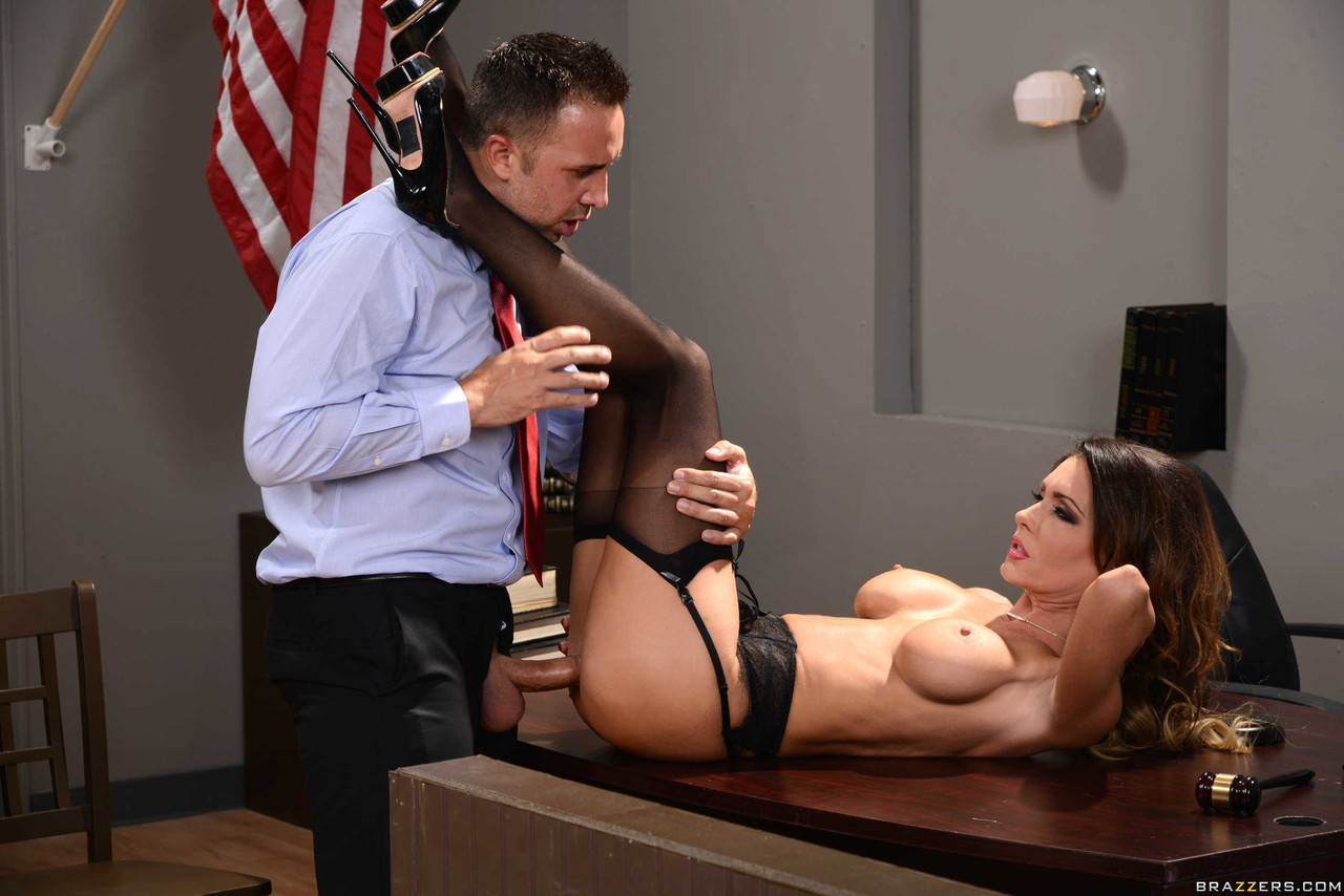 Jessica Jaymes, Chris Johnson In Jessica Jaymes Is Caught In The Janitor's Closet, Hd