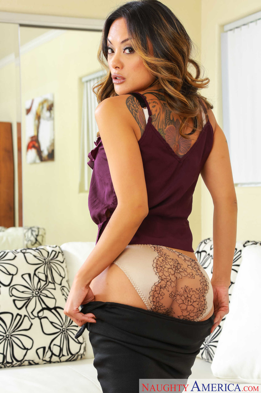 My Wifes Hot Friend Kaylani Lei Ryan Driller 94518983