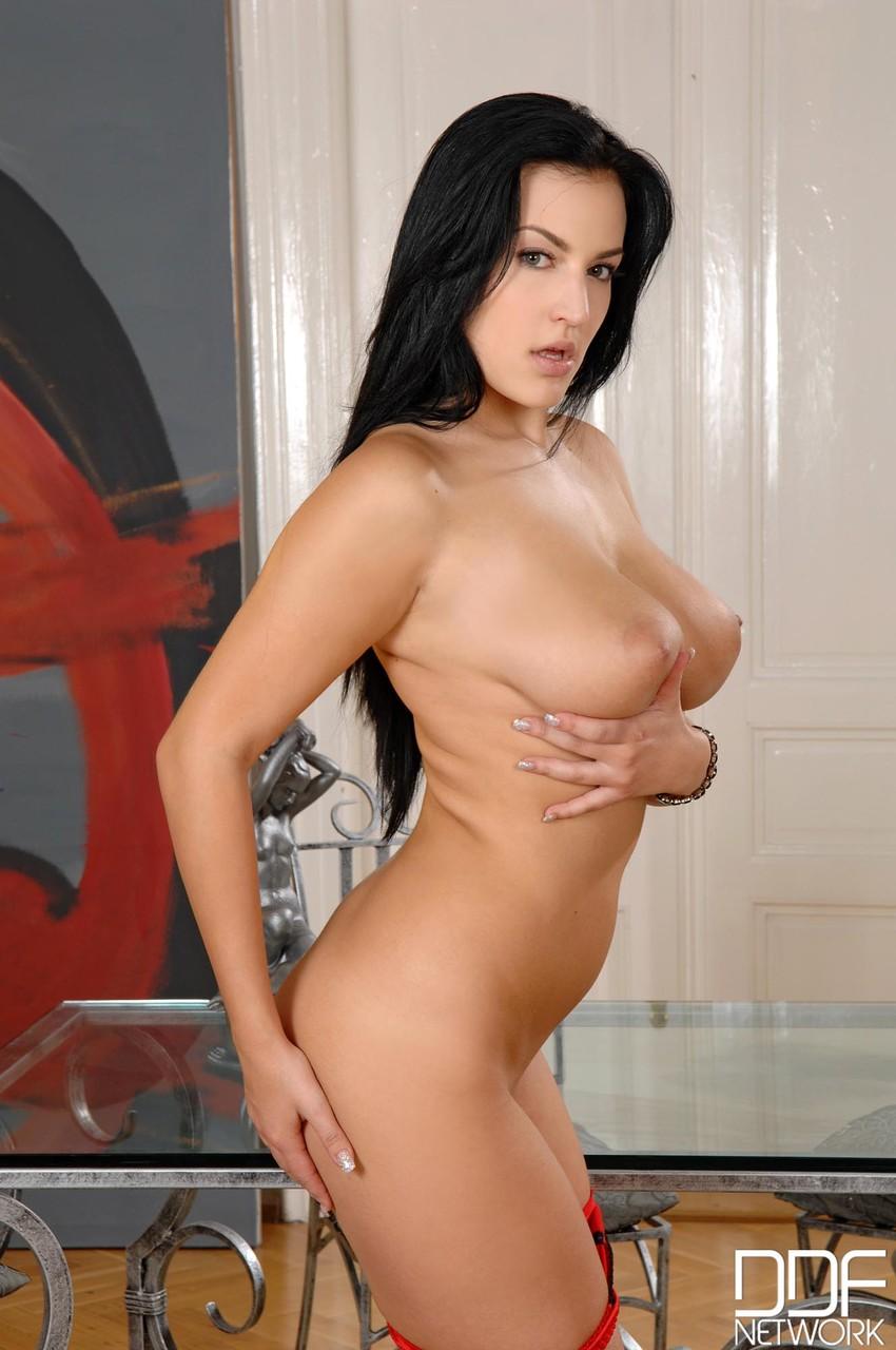 DDF Busty Carmen Croft 73376713