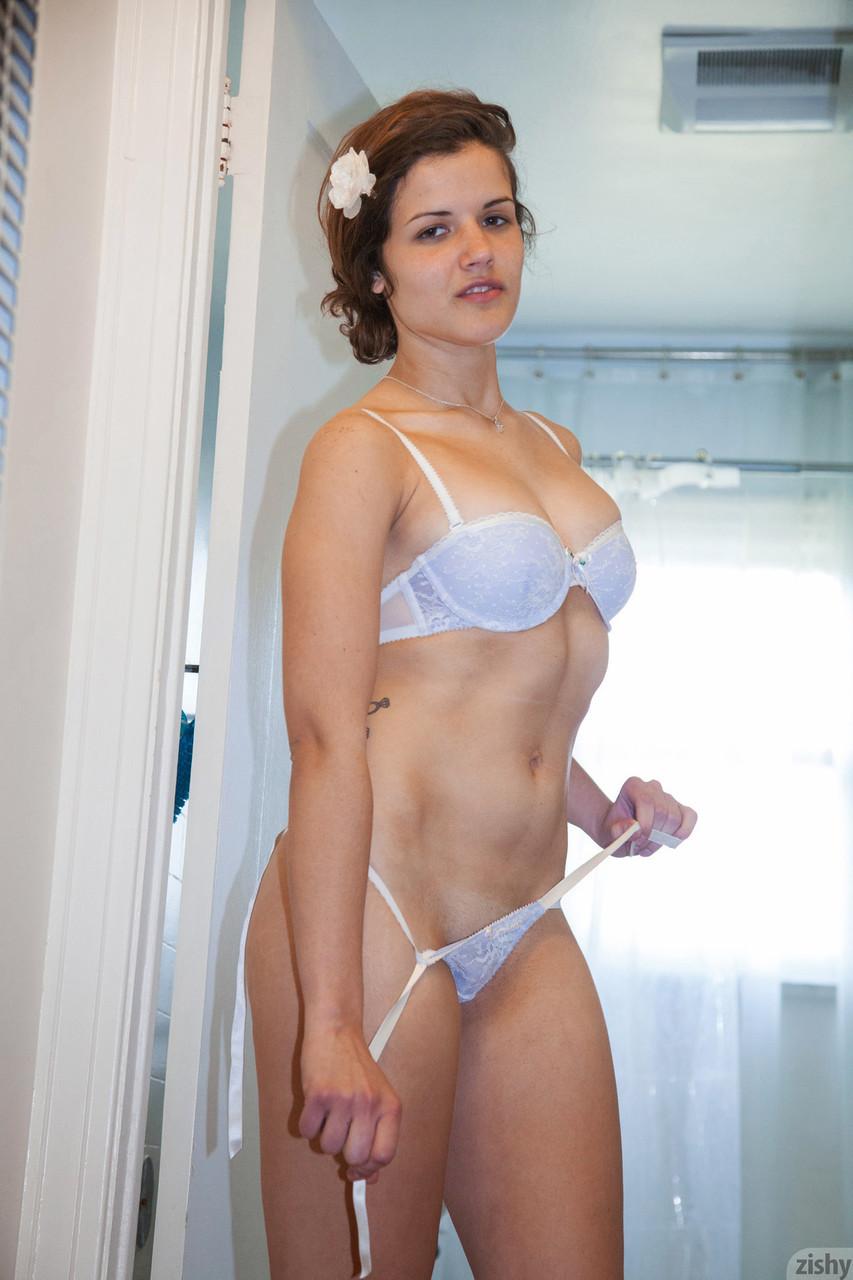 Zishy Vivian Campbell 20114455