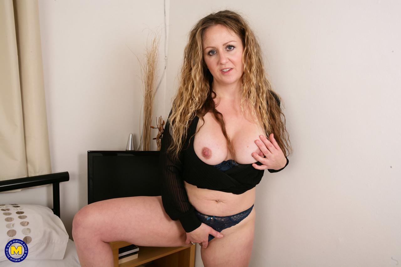 Mature.nl Victoria Filth 77622588