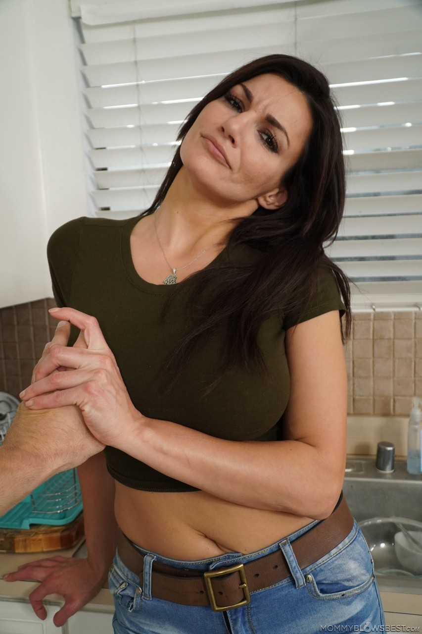 Mommy Blows Best Becky Bandini 16984092