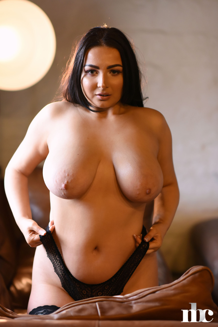 Nothing But Curves Foxy Lucina 57522707