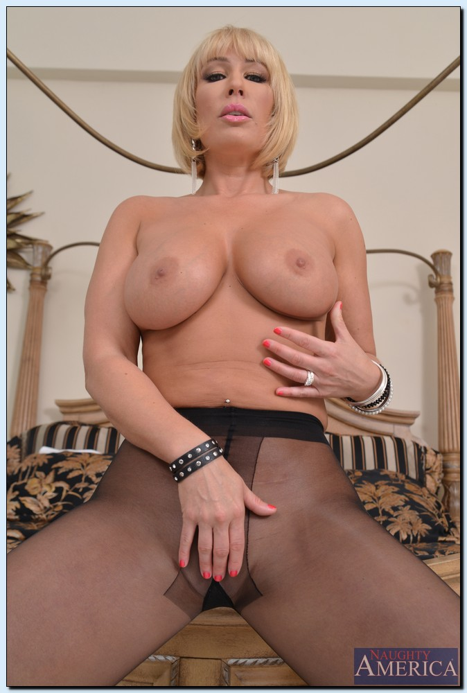 Seduced By A Cougar Taylor Wane 61719218