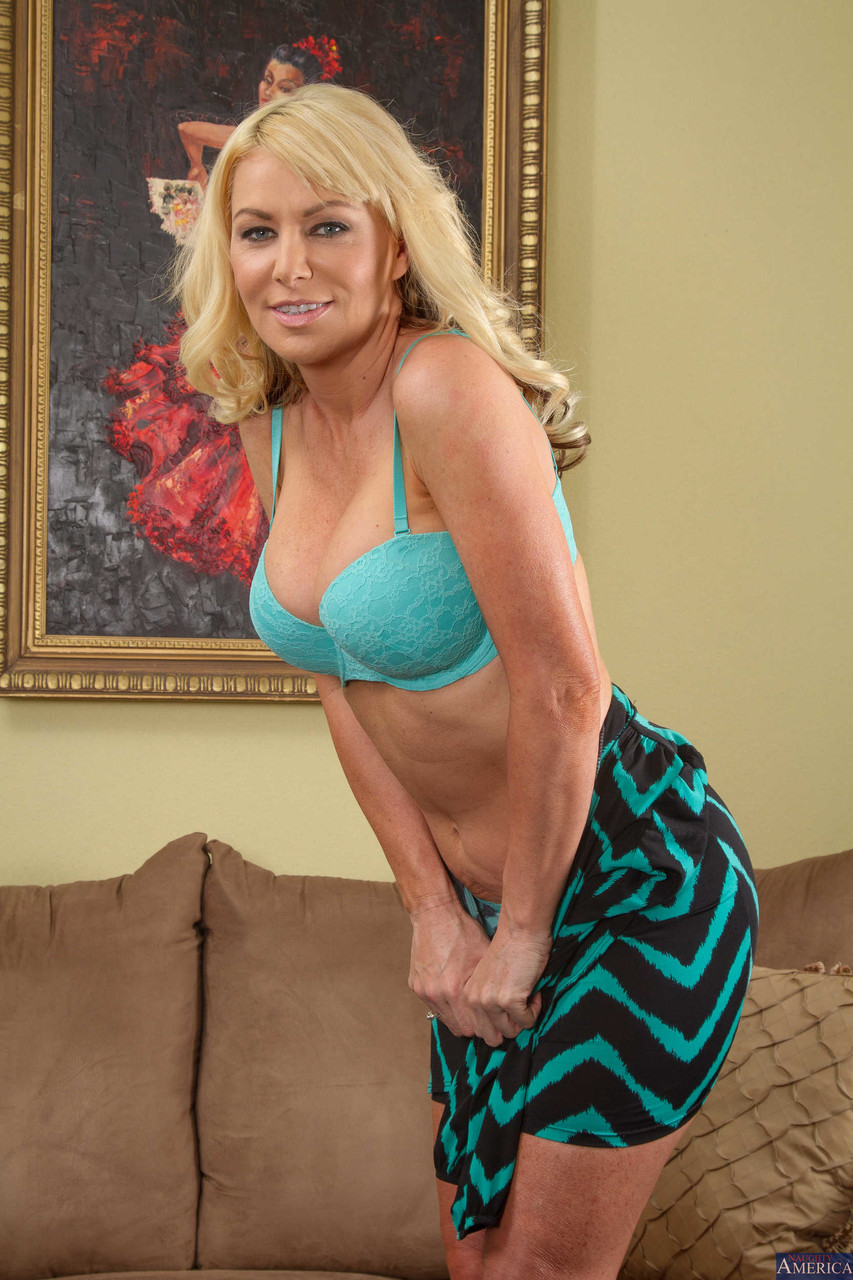 My Friends Hot Mom Sasha Sean Seth Gamble 84576519