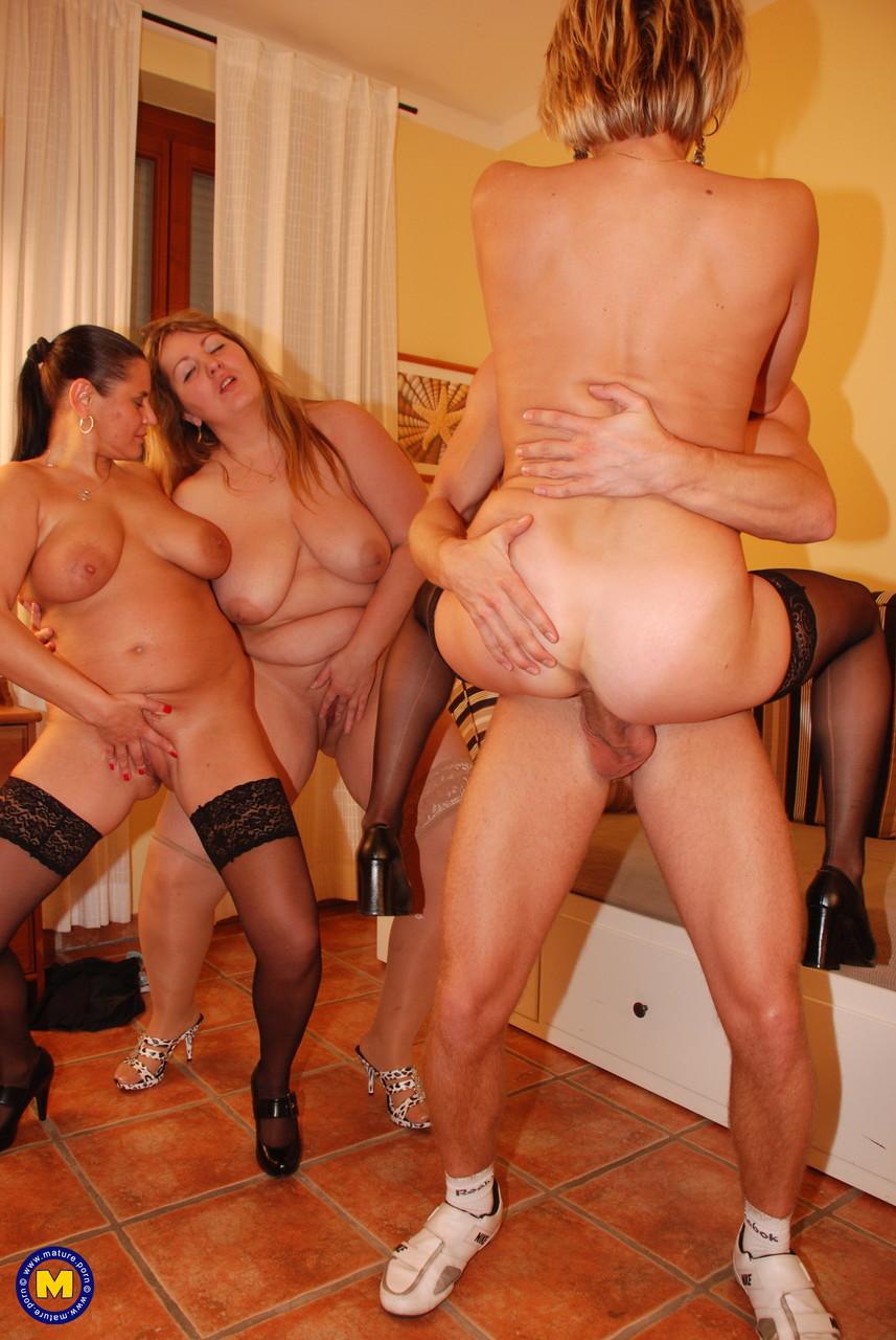 Free Bbw Orgy Porn Pics