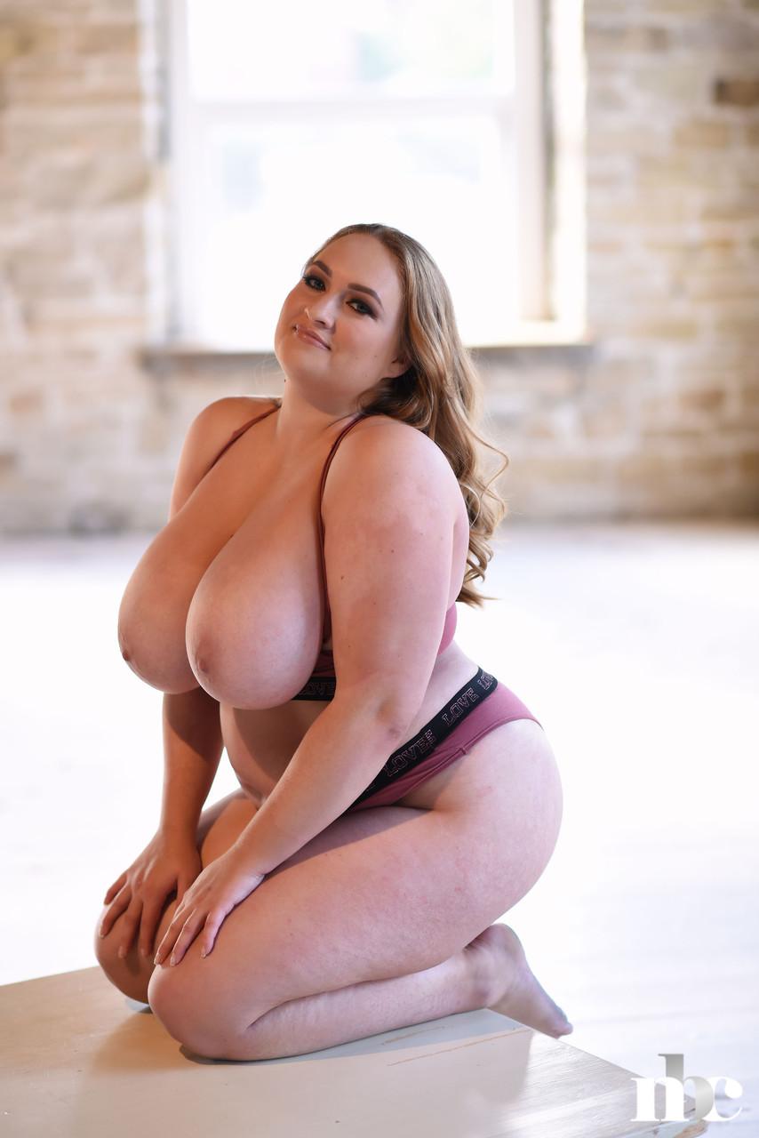 Nothing But Curves Sara Willis 34137049