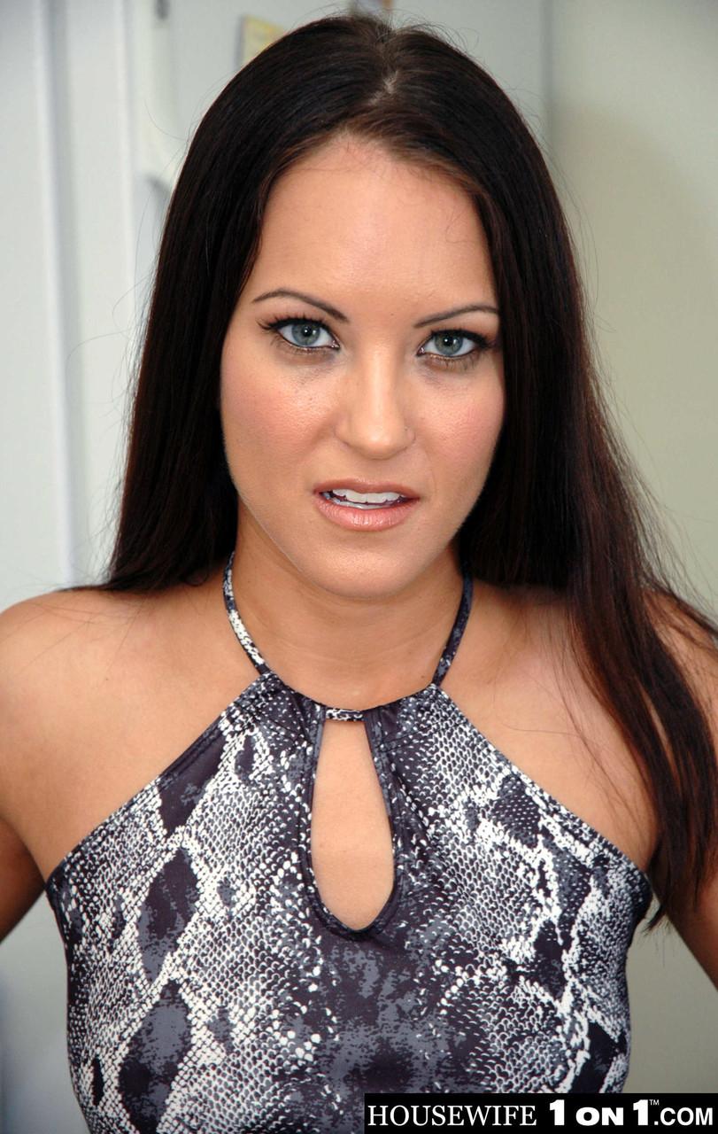Housewife 1 on 1 Jamie Huxley Chris Charming 99939789