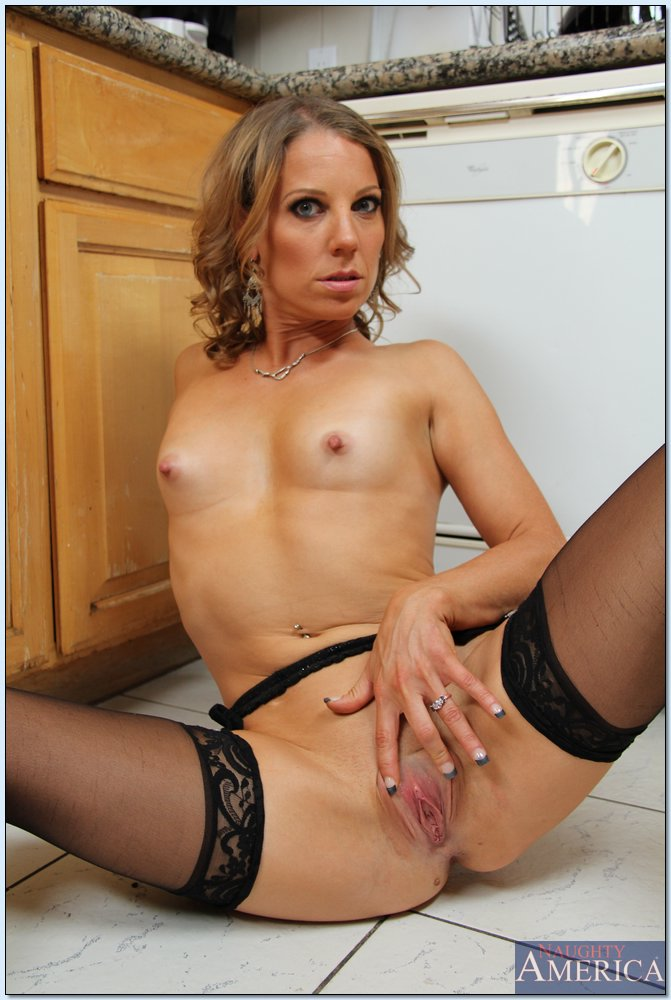 My Friends Hot Mom Lisa DeMarco Xander Corvus 70951426