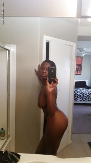 Sizzling ebony babe Entice Jones has curves no man could turn down