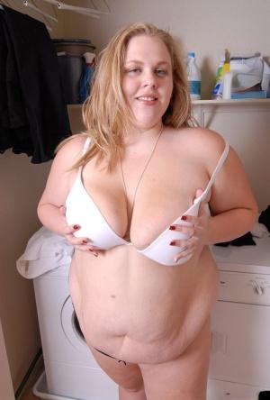 Big beautiful woman Cristina shows off her big fat ass and tattoos