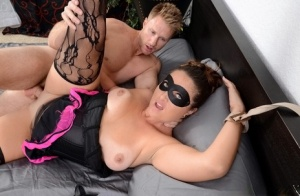 Blindfolded cougar Madisin Lee taking cumshot on face in hardcore sex scene